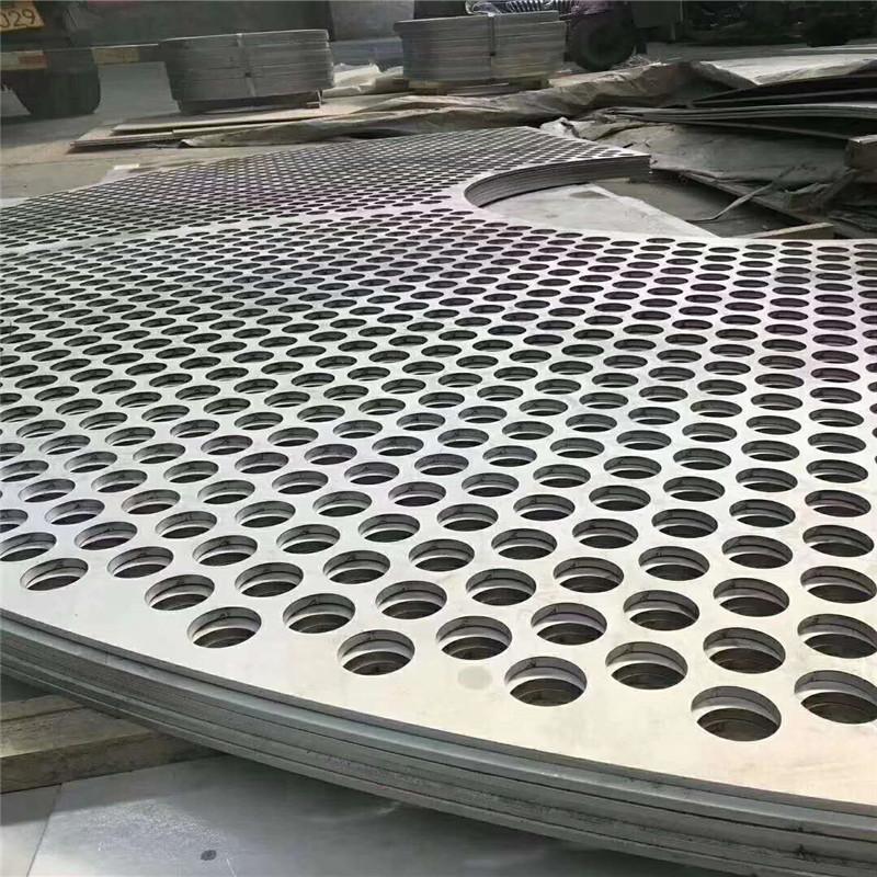 浅谈不锈钢焊管厂家的新发展