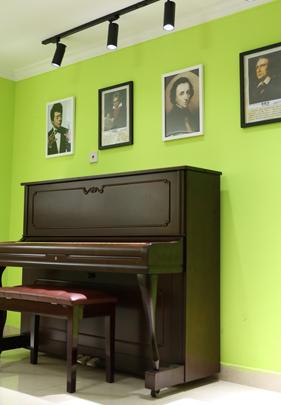 钢琴出租价格