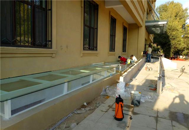 新疆建筑膜施工案例