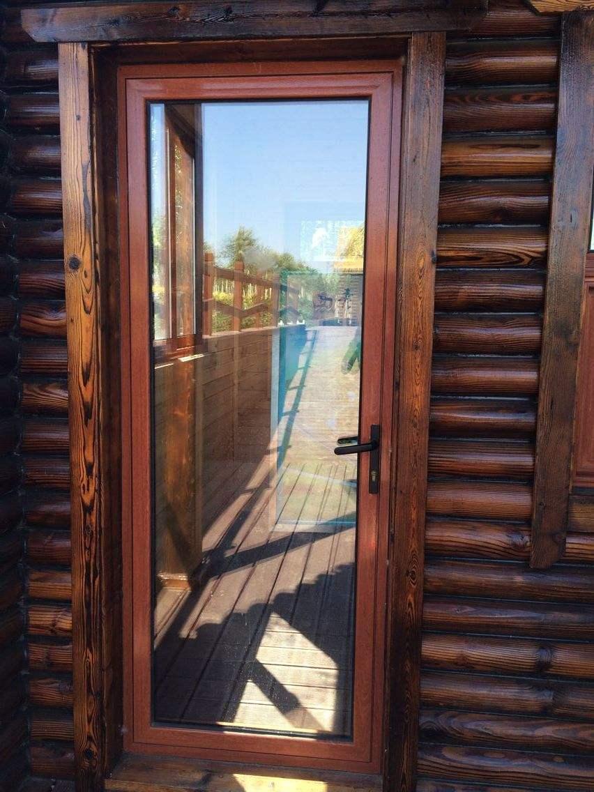 铝木复合门窗安装