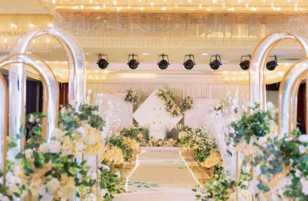 婚礼内部环境布置展示