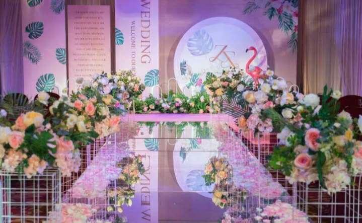 婚礼内部 环境布置