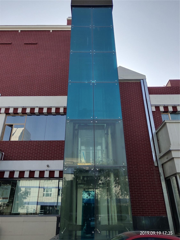 红楼酒店电梯贴单项透视膜