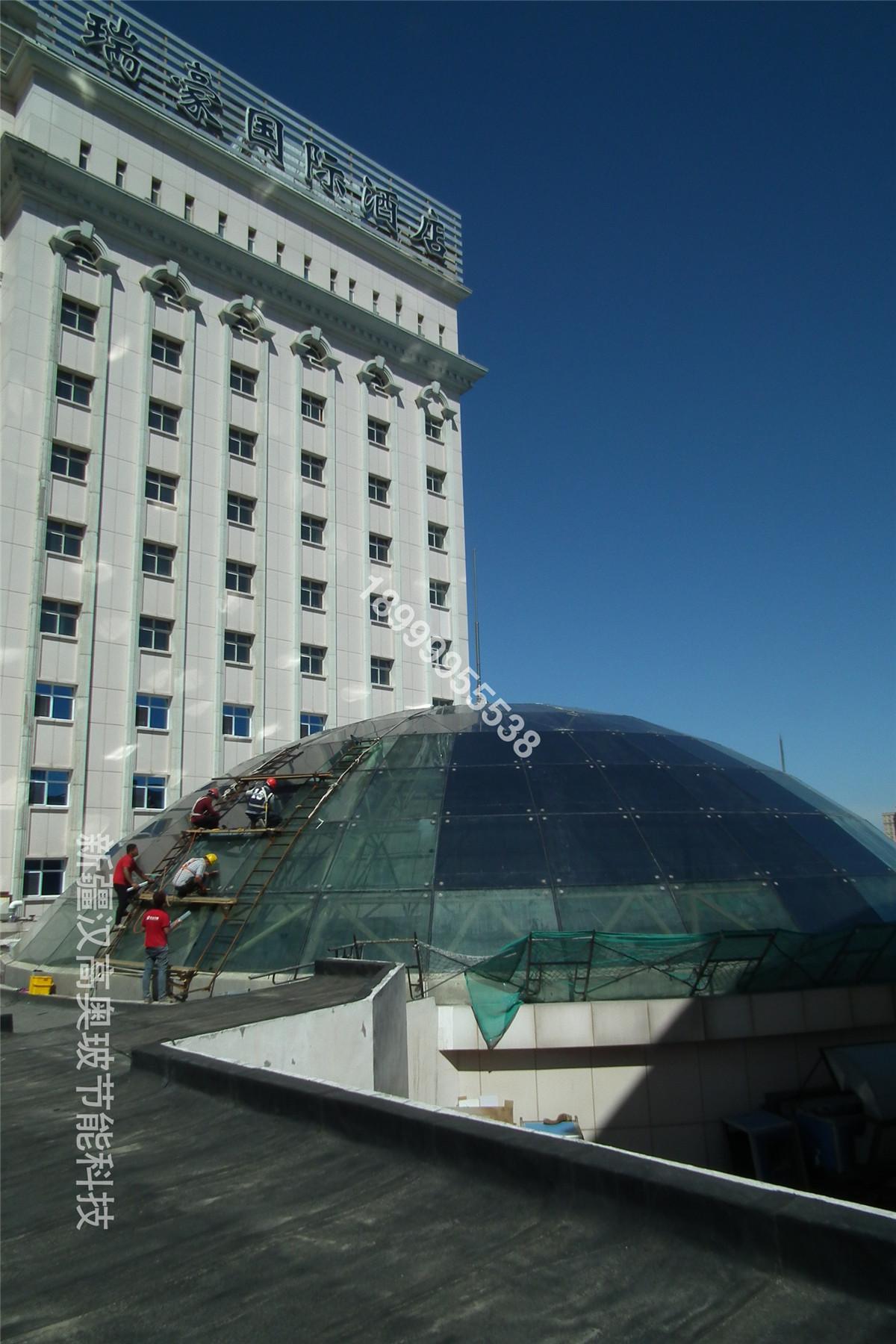 瑞豪酒店房顶贴隔热安全膜