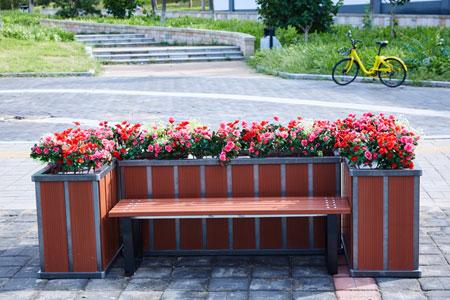 塑木花箱8