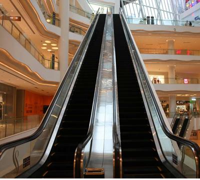 公共交通型扶梯