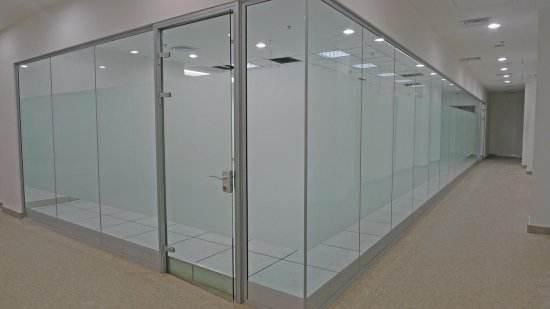 乌鲁木齐玻璃隔断门