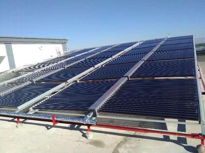 伊犁察布查尔县某单位25吨太阳能集热工程