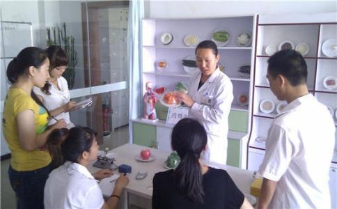 新疆营养师培训中心