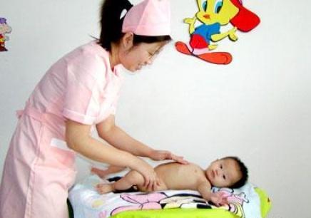 新疆育婴师培训中心