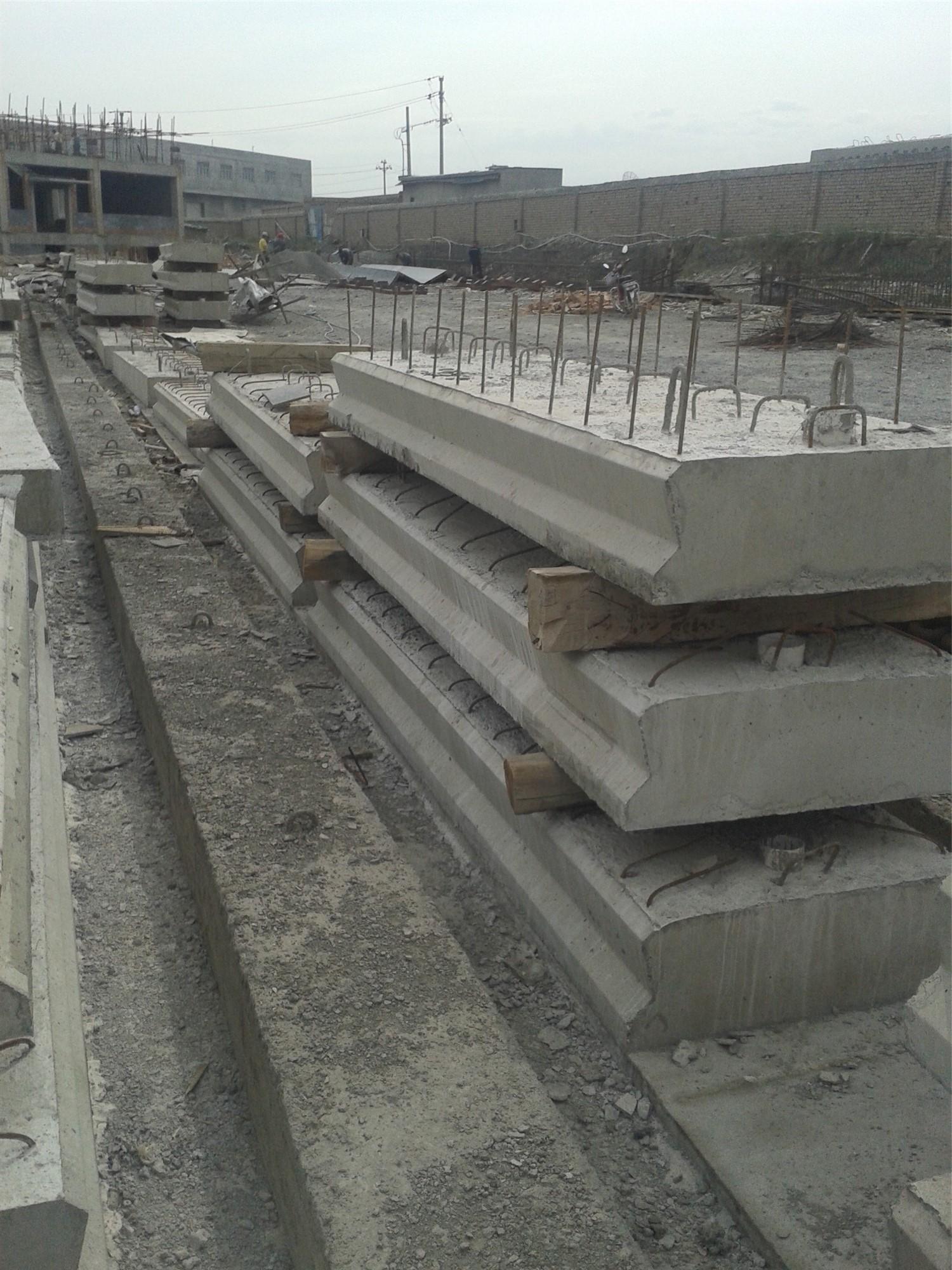 新疆桥盖板材料
