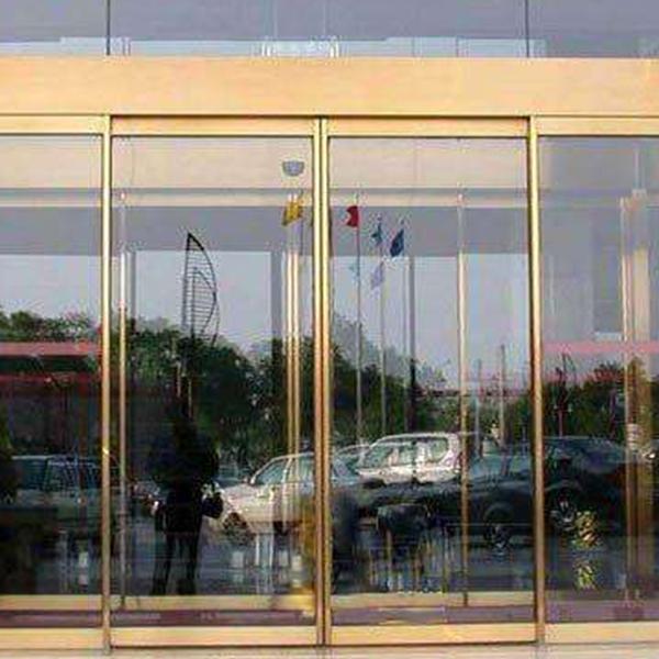 吉安玻璃门,钢化玻璃门比起其它门有什么优势?