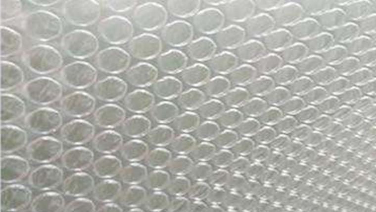 气泡膜在货物运输中起着至关重要的作用