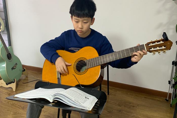 吉他培训班