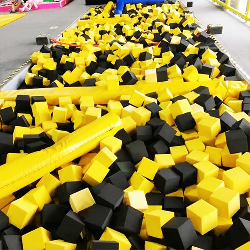 蹦床团队团建拓展6小时活动(北京城区内蹦床活动场地)单人券</br>活动类型:拓展团建轰趴聚会