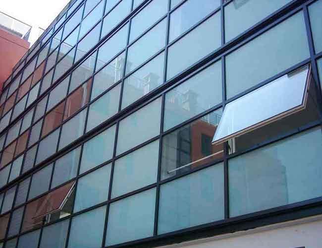 遮阳型LowE玻璃