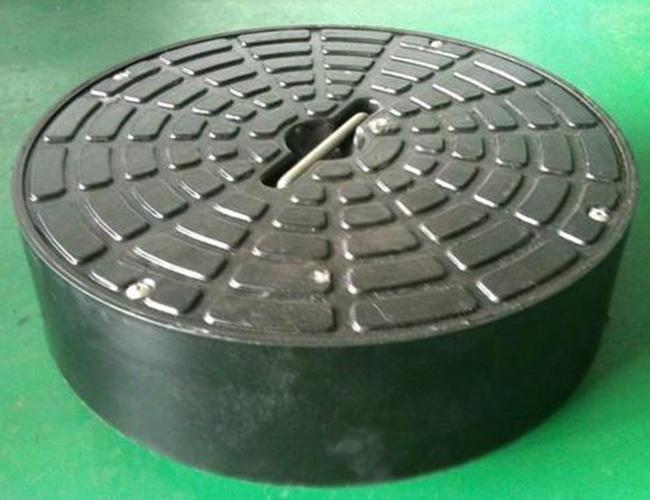 怎么区分不锈钢隐形井盖和传统井盖?