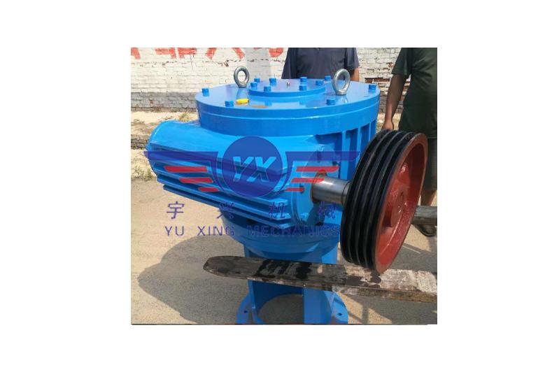 LCW立式圆柱蜗杆减速机