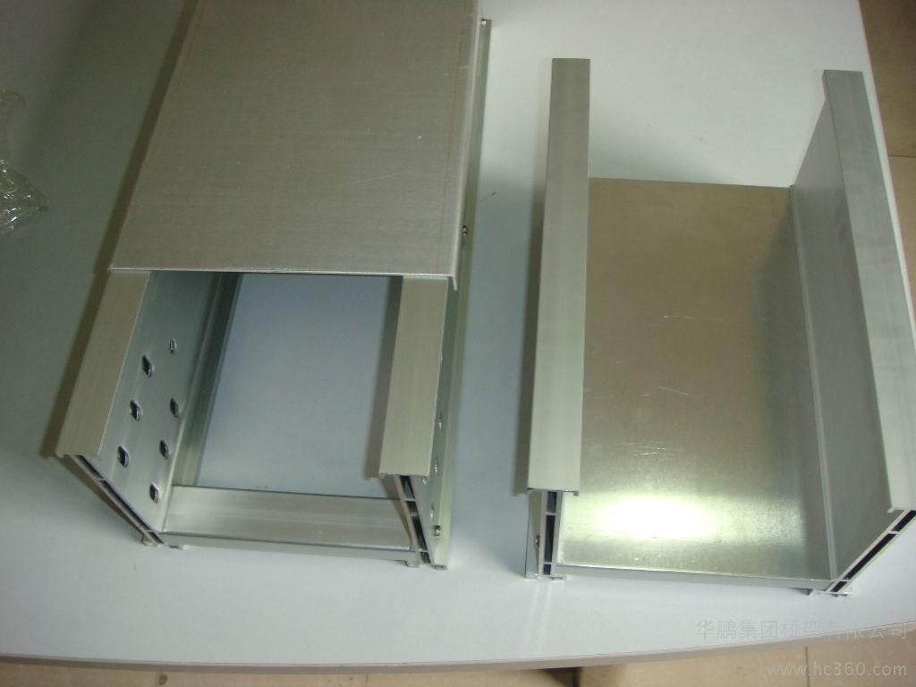 外貌简洁造型简美的彩钢桥架值得购买