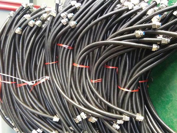 金属软管及接头