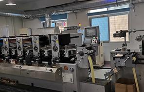 标签印刷厂车间