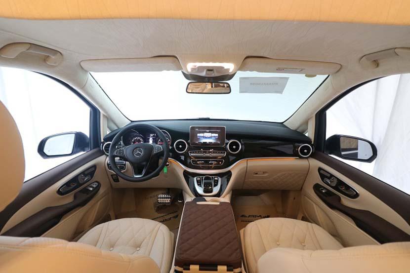 天津奔驰V260L改装迈巴赫VS680要多少钱