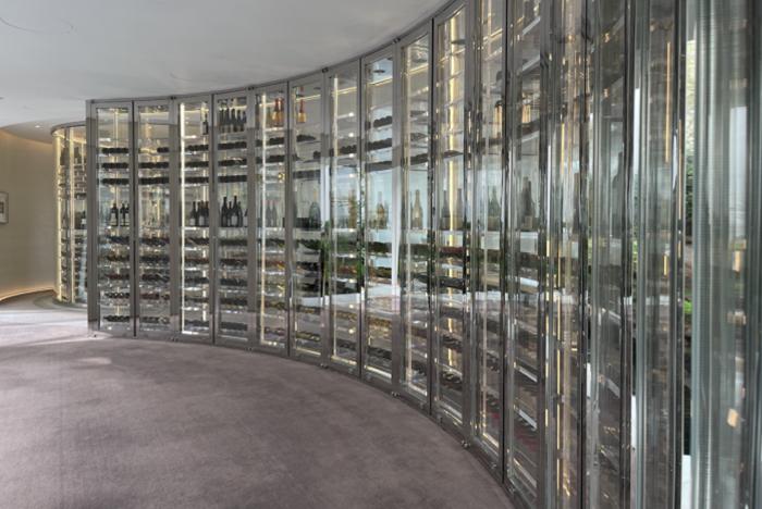 北京罗红艺术馆亚克力金属恒温恒湿酒柜酒窖