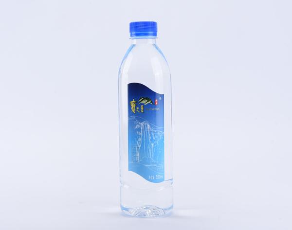 瓶装水产品展示-4