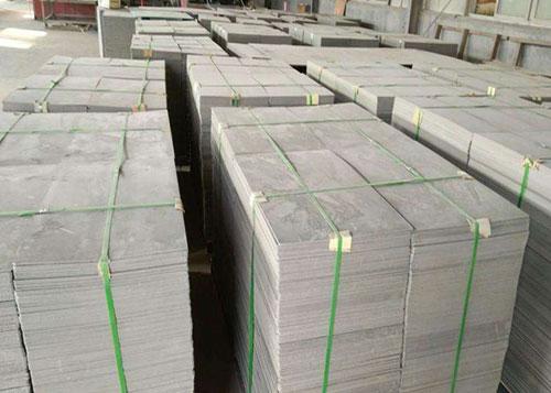 木托板 化纤塑胶砖机托板 竹胶板托  PVC塑胶砖机板分别有什么不同