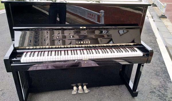 南阳专业搬家公司员工要知道搬运钢琴的那些常识
