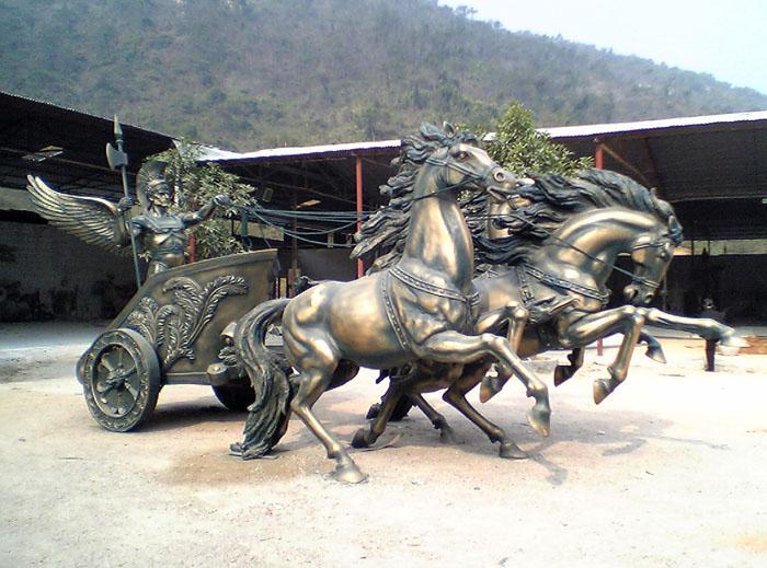 吉安玻璃钢造型雕塑