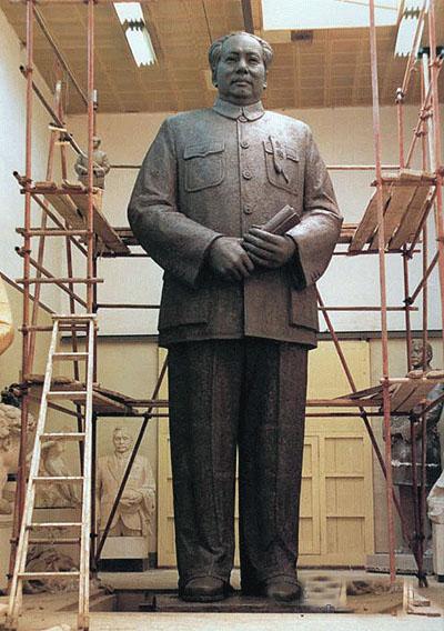 吉安玻璃钢名人雕塑