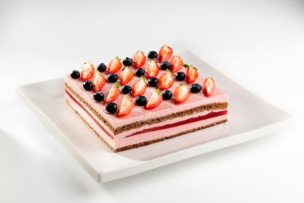 草莓倾心蛋糕