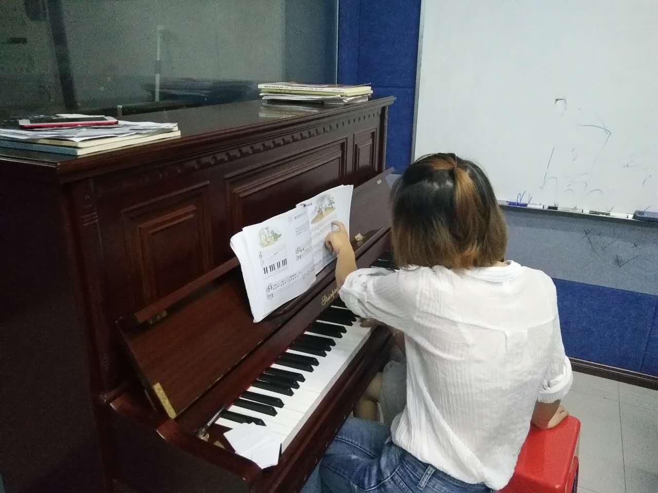 吉安钢琴培训中