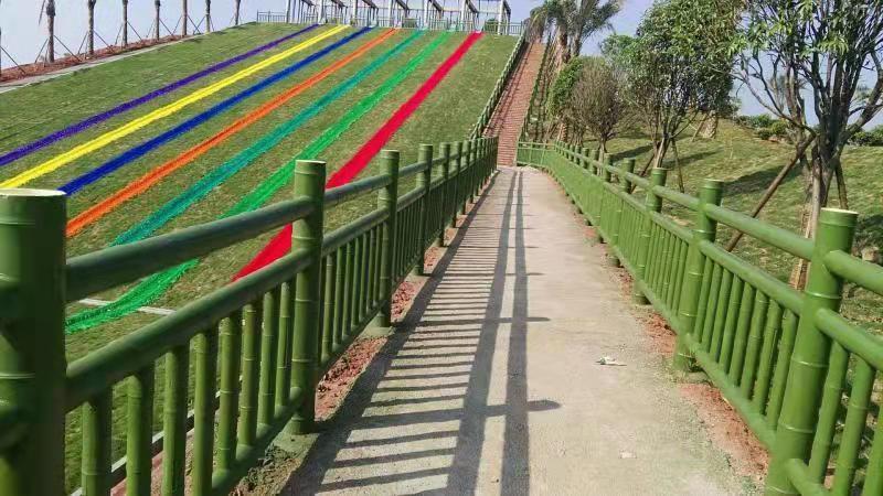 路边仿竹护栏