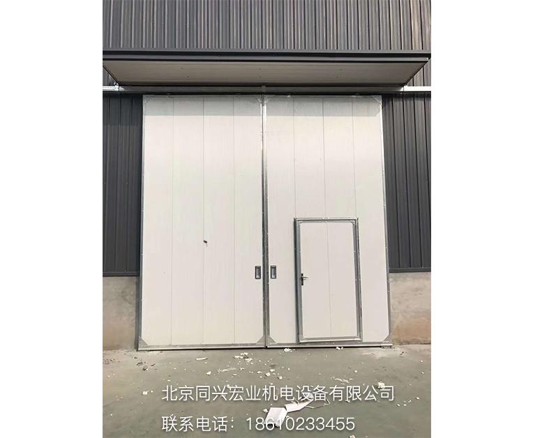 新型工业门