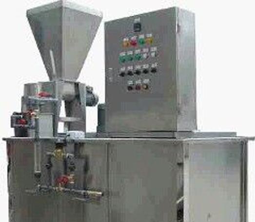 三槽式干粉加药装置