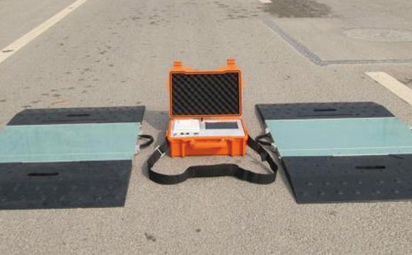 衡器廠家帶你了解無線便攜式汽車衡性能特點