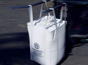 在使用河南吨包袋时需要注意什么内容?