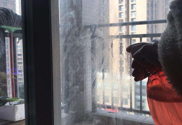 外墙玻璃清洁