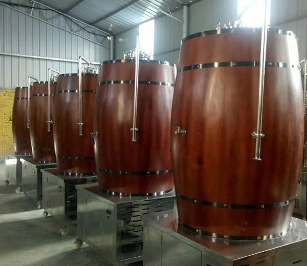 橡木桶发酵罐