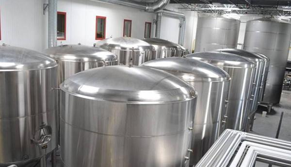 小型原浆啤酒设备出现灌装量不准的问题原因是什么?