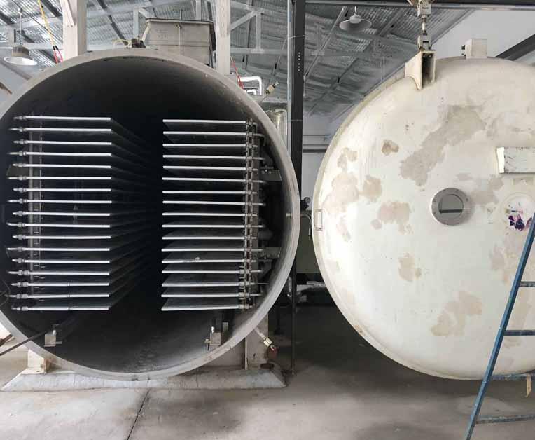 厂家直销真空冻干仓设备(50到3000kg)
