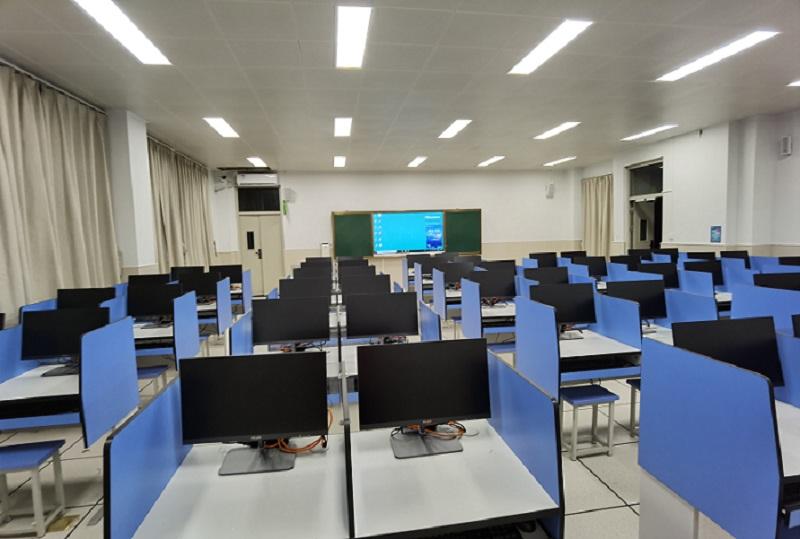 电脑语音室