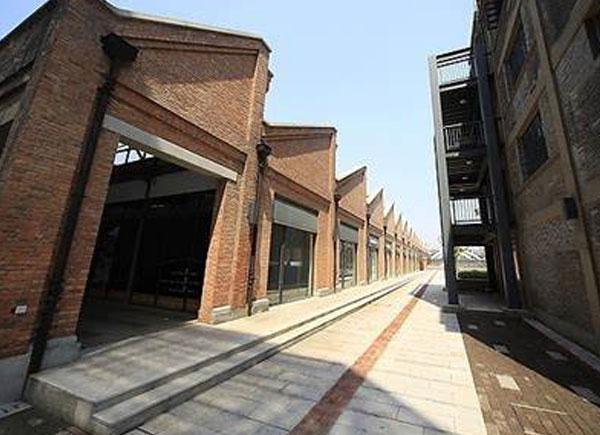 湖北厂房门面改造