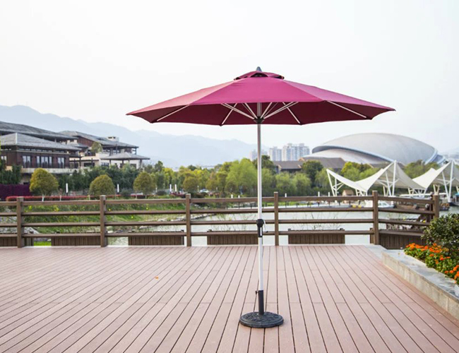 中柱遮阳伞