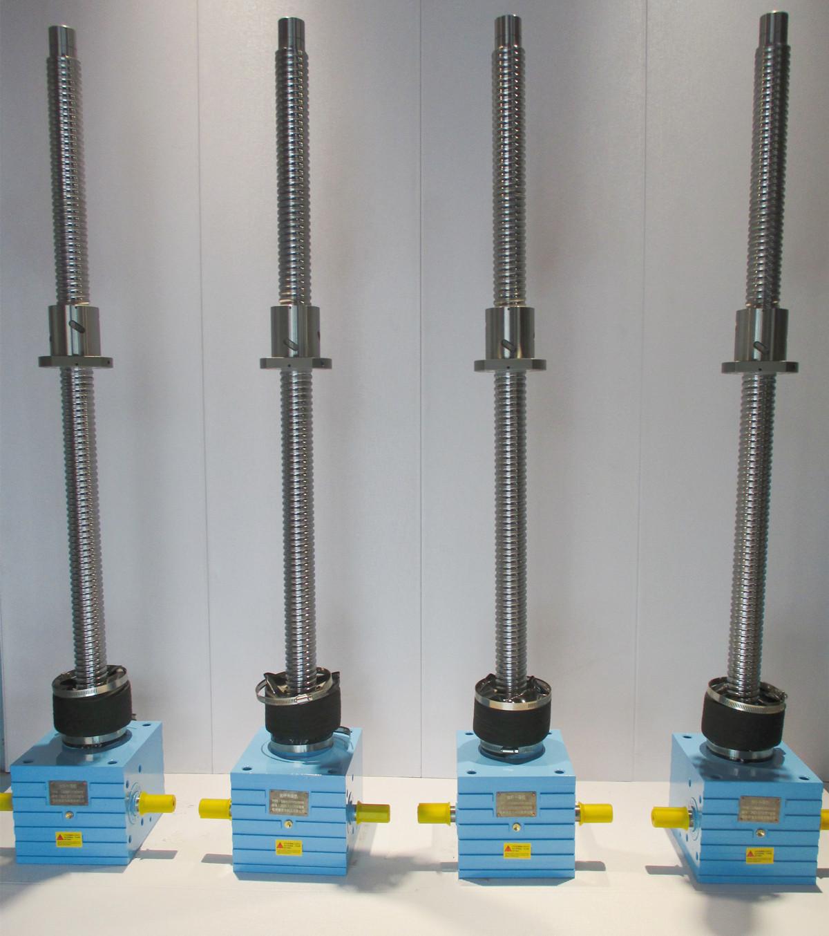客户定制全新型滚珠丝杆升降机