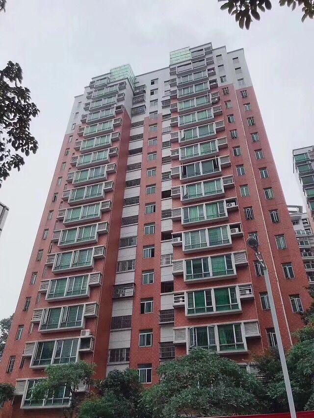 聚仙华府坐落于黄江镇中心区、虎岗高速黄江出口1公里