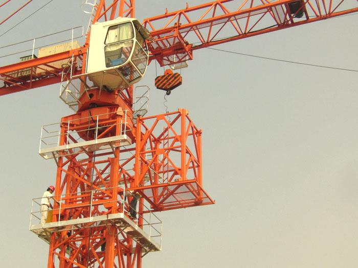 塔式起重机安全通病及防治措施