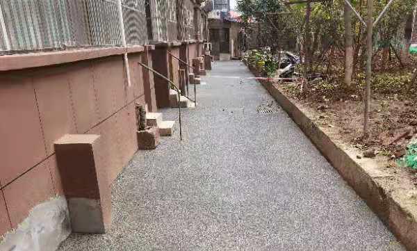 渭南外语学院透水混凝土